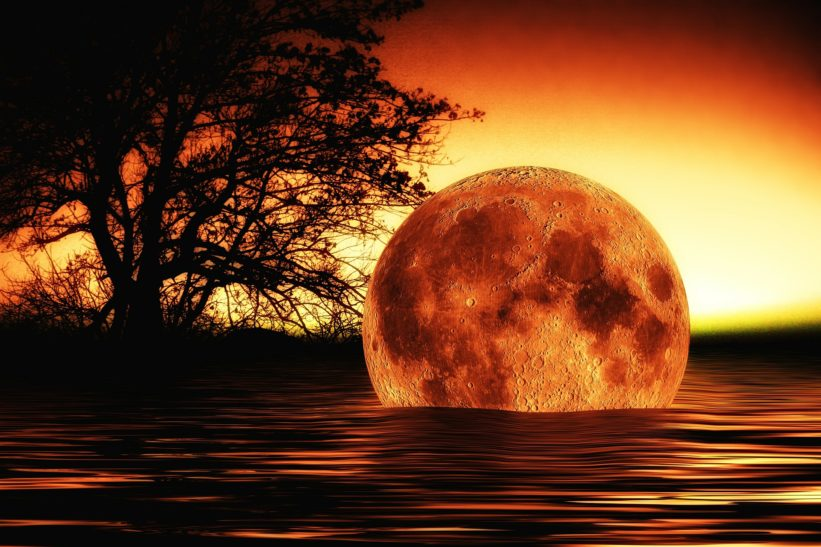 Full Moon on May 21st Gives the Power to Explode, or to Transform